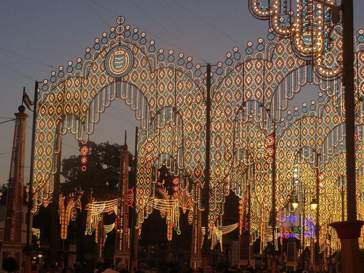Feria de Jerez. Encuentra tu Alojamiento en Puerto Sherry y disfruta de la feria y de la playa.
