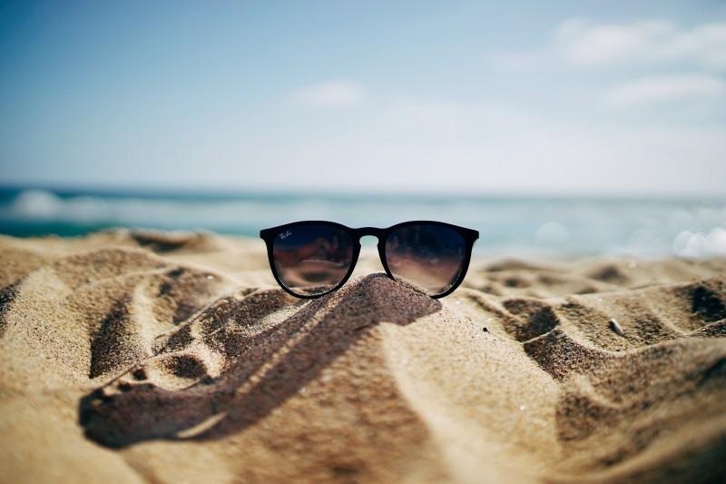 sand-ray-ban-sunglass
